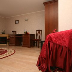 Гостиница Красная Горка в Оренбурге отзывы, цены и фото номеров - забронировать гостиницу Красная Горка онлайн Оренбург удобства в номере фото 2