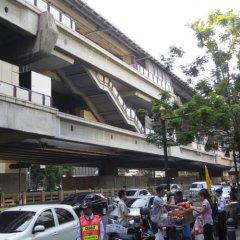 Отель Baansilom Soi 3 Таиланд, Бангкок - 1 отзыв об отеле, цены и фото номеров - забронировать отель Baansilom Soi 3 онлайн городской автобус
