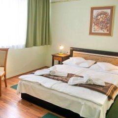 Отель Majerik Hotel Венгрия, Хевиз - 2 отзыва об отеле, цены и фото номеров - забронировать отель Majerik Hotel онлайн комната для гостей фото 2