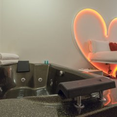 Отель Irooms Jacuzzi Suites Италия, Рим - отзывы, цены и фото номеров - забронировать отель Irooms Jacuzzi Suites онлайн спа фото 2