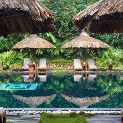 Отель Pilgrimage Village Hue Вьетнам, Хюэ - отзывы, цены и фото номеров - забронировать отель Pilgrimage Village Hue онлайн бассейн фото 2