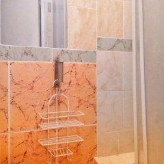 Отель Жилое помещение Мир на Невском Санкт-Петербург ванная