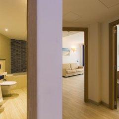 Отель Agua Beach Испания, Пальманова - отзывы, цены и фото номеров - забронировать отель Agua Beach онлайн ванная