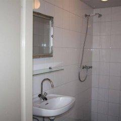 Отель Budget Hotel Hortus Нидерланды, Амстердам - 1 отзыв об отеле, цены и фото номеров - забронировать отель Budget Hotel Hortus онлайн ванная