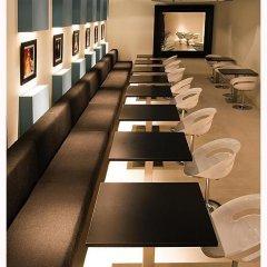 Отель Room Mate Laura Испания, Мадрид - отзывы, цены и фото номеров - забронировать отель Room Mate Laura онлайн помещение для мероприятий