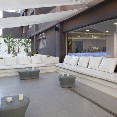 Апартаменты AxelBeach Ibiza Suites Apartments Spa and Beach Club - Adults Only интерьер отеля фото 2