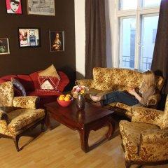 Отель Pink Panther's Hostel Польша, Краков - 1 отзыв об отеле, цены и фото номеров - забронировать отель Pink Panther's Hostel онлайн интерьер отеля фото 2