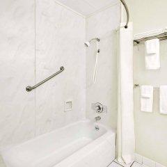 Отель Travelodge by Wyndham Chambersburg США, Чемберсберг - отзывы, цены и фото номеров - забронировать отель Travelodge by Wyndham Chambersburg онлайн ванная фото 2