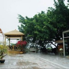 Xinyaqi Hotel парковка