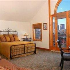 Blue Moon Boutique Hotel 3* Номер категории Премиум с различными типами кроватей фото 15