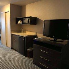 Отель Best Western Plus Rama Inn & Suites удобства в номере