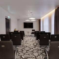 Отель Holiday Inn Dresden - Am Zwinger