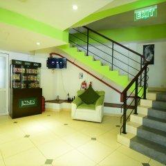 Отель Thilhara Days Inn фитнесс-зал
