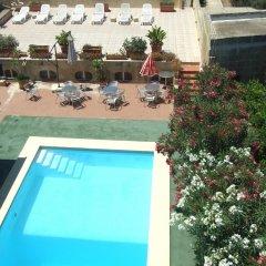 Отель Mariblu Bed & Breakfast Guesthouse Мальта, Шевкия - отзывы, цены и фото номеров - забронировать отель Mariblu Bed & Breakfast Guesthouse онлайн бассейн фото 3