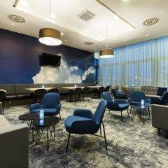 Отель Courtyard by Marriott Prague Airport интерьер отеля фото 3