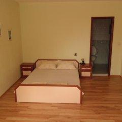 Отель Dobrevi Guest House Болгария, Бургас - отзывы, цены и фото номеров - забронировать отель Dobrevi Guest House онлайн комната для гостей фото 3