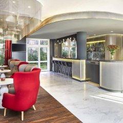 Отель NH Collection Hamburg City гостиничный бар