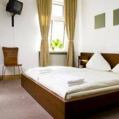 Отель Pension Lugano Мюнхен комната для гостей фото 4