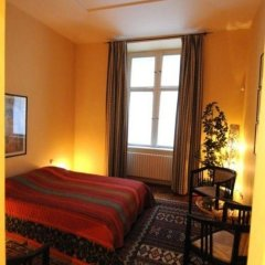 Отель PVH Charming Flats Janackovo Чехия, Прага - отзывы, цены и фото номеров - забронировать отель PVH Charming Flats Janackovo онлайн комната для гостей фото 5