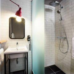 Отель pentahotel Liège Бельгия, Льеж - 1 отзыв об отеле, цены и фото номеров - забронировать отель pentahotel Liège онлайн ванная фото 2