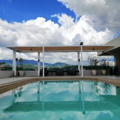 Отель Cebu Grand Hotel Филиппины, Себу - 1 отзыв об отеле, цены и фото номеров - забронировать отель Cebu Grand Hotel онлайн бассейн фото 3