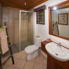 Отель Waidroka Bay Resort ванная фото 2