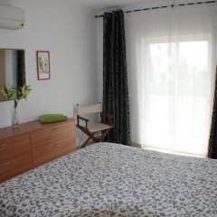 Апартаменты Apartment With 2 Bedrooms in Albufeira, With Pool Access, Enclosed Gar комната для гостей фото 4
