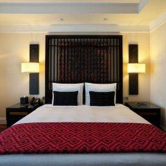 Kempinski Hotel Gold Coast City сейф в номере