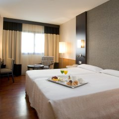 Отель NH Ciudad de Valencia в номере