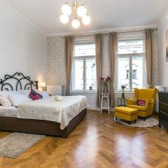 Отель The Old Town Square & Parizska Apartments Чехия, Прага - отзывы, цены и фото номеров - забронировать отель The Old Town Square & Parizska Apartments онлайн комната для гостей фото 4