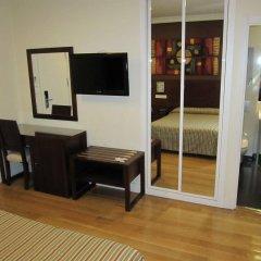 Отель Hostal Abadia удобства в номере