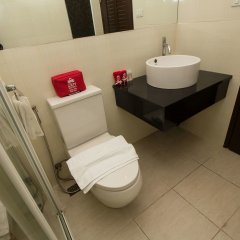The Aim Sathorn Hotel Бангкок ванная фото 2