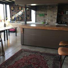 Second Home Hostel Стамбул интерьер отеля