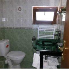 Отель Guest House Cheshmeto Кюстендил ванная