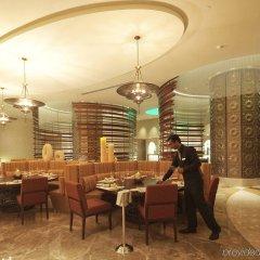 Отель Swissotel Living Al Ghurair Dubai