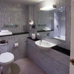 Отель Britannia Sachas Hotel Великобритания, Манчестер - 1 отзыв об отеле, цены и фото номеров - забронировать отель Britannia Sachas Hotel онлайн ванная фото 2