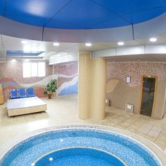 Отель Golden Dragon ApartHotel Кыргызстан, Бишкек - 1 отзыв об отеле, цены и фото номеров - забронировать отель Golden Dragon ApartHotel онлайн бассейн фото 2