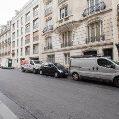Отель Kleber Champs-Élysées Tour-Eiffel Paris парковка