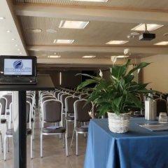 Отель Abruzzo Marina Италия, Сильви - отзывы, цены и фото номеров - забронировать отель Abruzzo Marina онлайн помещение для мероприятий фото 2
