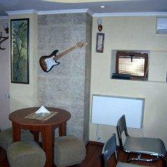 Отель Fenerite Family Hotel Болгария, Тырговиште - отзывы, цены и фото номеров - забронировать отель Fenerite Family Hotel онлайн питание