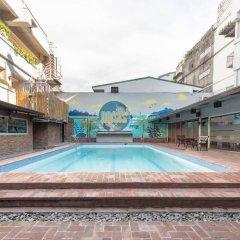 Отель Oasis Park Hotel Филиппины, Манила - 2 отзыва об отеле, цены и фото номеров - забронировать отель Oasis Park Hotel онлайн бассейн фото 2