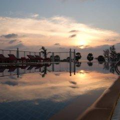 Отель Baumancasa Beach Resort Таиланд, Пхукет - 12 отзывов об отеле, цены и фото номеров - забронировать отель Baumancasa Beach Resort онлайн бассейн фото 3