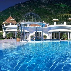 Dolce Vita Hotel Preidlhof Натурно бассейн