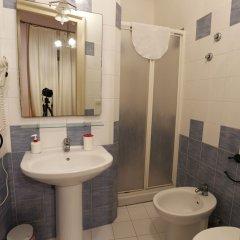 Отель B&B Globetrotter Siracusa Италия, Сиракуза - отзывы, цены и фото номеров - забронировать отель B&B Globetrotter Siracusa онлайн ванная фото 2