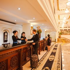 Hotel Majestic Saigon интерьер отеля фото 3
