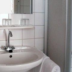 Отель Riess City Hotel Австрия, Вена - 4 отзыва об отеле, цены и фото номеров - забронировать отель Riess City Hotel онлайн ванная фото 2