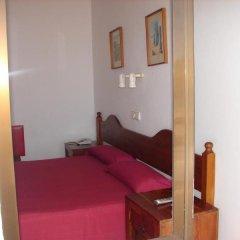 Отель Hostal Talamanca комната для гостей