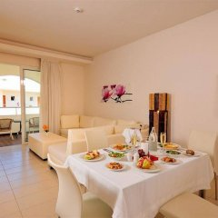 Отель Afandou Bay Resort Suites в номере