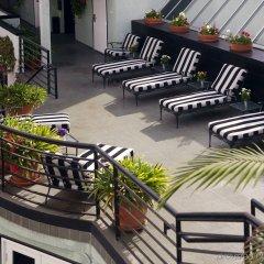 Отель Carlyle Inn бассейн фото 2