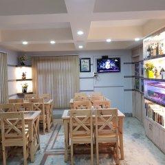 Отель OYO 167 Adventure Home Непал, Катманду - отзывы, цены и фото номеров - забронировать отель OYO 167 Adventure Home онлайн питание